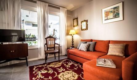 Aluguer Apartamentos Longa Duracao T1 Portugal Lisboa Vila Marques Casa Do Aqueduto Living Room Pateodasbuganvilias