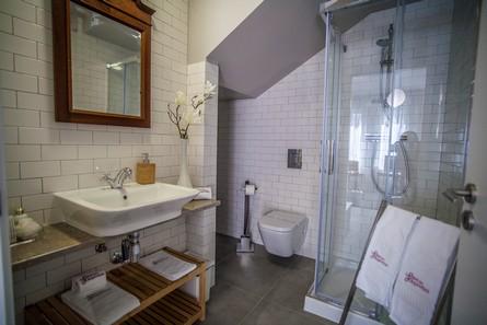 Aluguer Apartamentos Longa Duracao T1 Portugal Lisboa Vila Marques Casa Do Chafariz Salle De Bain Pateodasbuganvilias