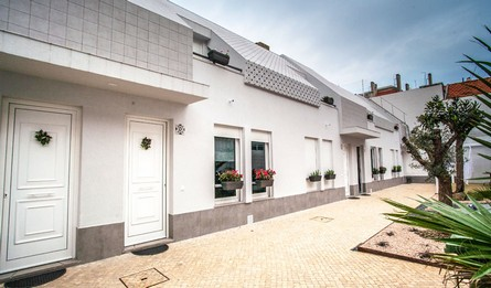 Hebergement Local Les Maisons Longue Duree T1 Portugal Lisbonne Vila Marques Casa Do Aqueduto Recre Pateodasbuganvilias